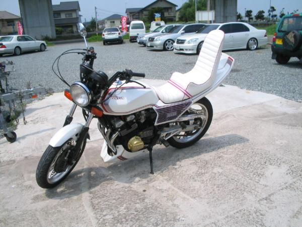CBX400F 三段シート